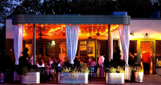 Magnolia Avenue is home to many of Fort Worth's best places to eat, listen to live music, and hang out with friends.